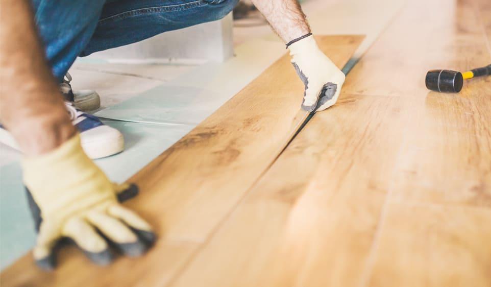 壁や床材の張替え・修繕